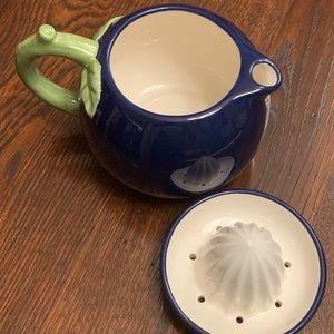 SUR LA TABLE lemon juicer and pitcher--Perfect